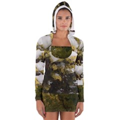 Snowy Shrub Women s Long Sleeve Hooded T Shirt