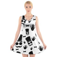 Gentlemen - Black And White V-neck Sleeveless Skater Dress