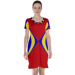 Concentric Hyperbolic Red Yellow Blue Short Sleeve Nightdress by AnjaniArt