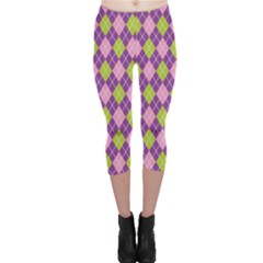 Purple Green Argyle Background Capri Leggings