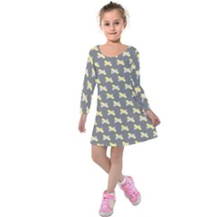 Hearts And Yellow Crossed Washi Tileable Gray Kids  Long Sleeve Velvet Dress