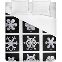 Snowflakes Exemplifies Emergence In A Physical System Duvet Cover (california King Size)