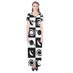 Space Month Saturnus Planet Star Hole Black White Short Sleeve Maxi Dress by AnjaniArt