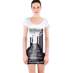 The Pier The Seagulls Sea Graphics Short Sleeve Bodycon Dress by Amaryn4rt