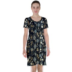 Clipart Chromatic Floral Gold Flower Short Sleeve Nightdress