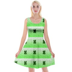 Shamrock Pattern Background Reversible Velvet Sleeveless Dress