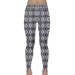 White Tone Black Orchid Multi Stripe Classic Yoga Leggings