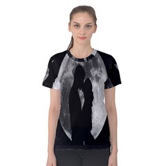 Silhouette Of Lovers Women s Cotton Tee