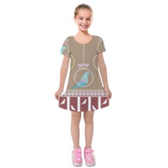 Isolated Wallpaper Bird Sweet Fowl Kids  Short Sleeve Velvet Dress by Amaryn4rt