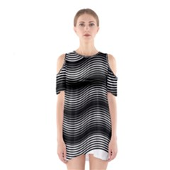 Two Layers Consisting Of Curves With Identical Inclination Patterns Shoulder Cutout One Piece