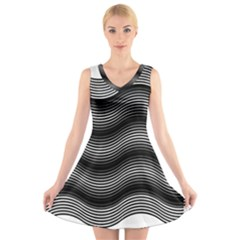 Two Layers Consisting Of Curves With Identical Inclination Patterns V Neck Sleeveless Skater Dress