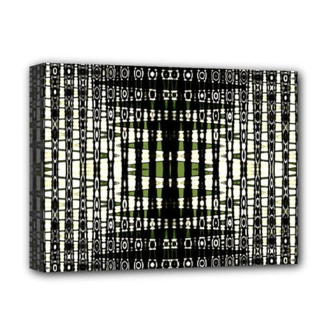 Interwoven Grid Pattern In Green Deluxe Canvas 16  X 12