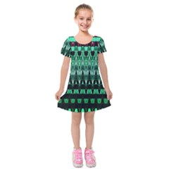 Green Triangle Patterns Kids  Short Sleeve Velvet Dress by Simbadda