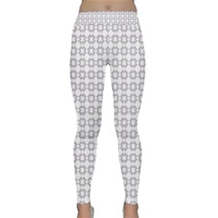 Violence Head On King Purple White Flower Classic Yoga Leggings