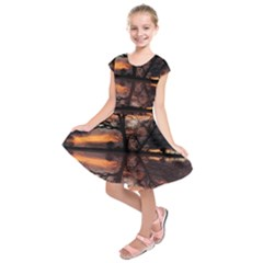 Aurora Sunset Sun Landscape Kids  Short Sleeve Dress by Simbadda