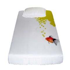 Fish Underwater Yellow White Fitted Sheet (single Size) by Simbadda
