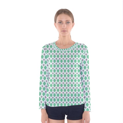 Crown King Triangle Plaid Wave Green White Women s Long Sleeve Tee by Alisyart