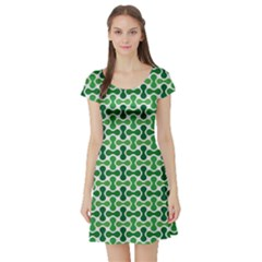 Green White Wave Short Sleeve Skater Dress