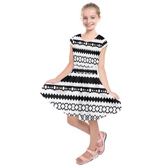 Love Heart Triangle Circle Black White Kids  Short Sleeve Dress by Alisyart