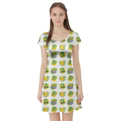 St Patrick s Day Background Symbols Short Sleeve Skater Dress by Simbadda