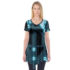 A Completely Seamless Background Design Circuitry Short Sleeve Tunic  by Amaryn4rt