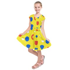Circle Triangle Red Blue Yellow White Sign Kids  Short Sleeve Dress by Alisyart