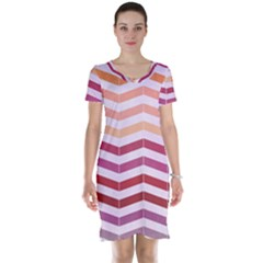 Abstract Vintage Lines Short Sleeve Nightdress