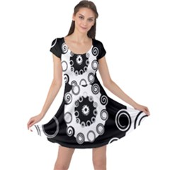 Fluctuation Hole Black White Circle Cap Sleeve Dresses