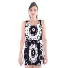 Fluctuation Hole Black White Circle Scoop Neck Skater Dress