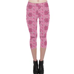 Pink Pattern With Cute Pigs Capri Leggings