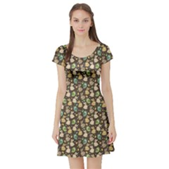 Green Easter Pattern With Rabbits Short Sleeve Skater Dress
