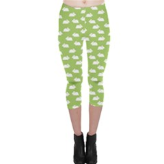 Green Pattern With White Bunnies Capri Leggings