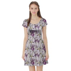 Colorful Pattern Beautiful Iris Flowers Short Sleeve Skater Dress