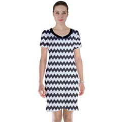 Black Chevron Pattern Short Sleeve Nightdress