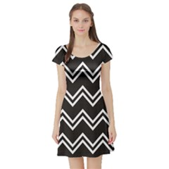 Black Black And White With Zigzag Pattern Short Sleeve Skater Dress by CoolDesigns