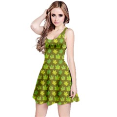 Green Maple Leaves Pattern Short Sleeve Skater Dress