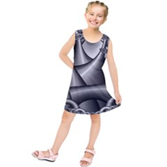 Grey Fractal Background With Chains Kids  Tunic Dress by Simbadda