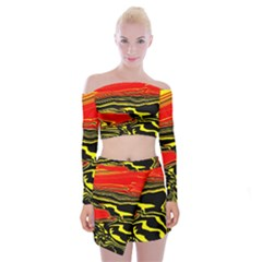 Abstract Clutter Off Shoulder Top With Skirt Set