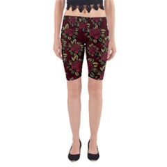 A Red Rose Tiling Pattern Yoga Cropped Leggings by Nexatart