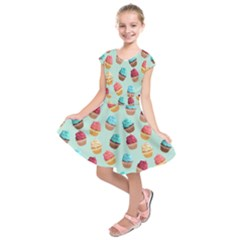 Cup Cakes Party Kids  Short Sleeve Dress