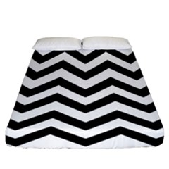 Black And White Chevron Fitted Sheet (California King Size)