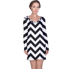 Black And White Chevron Long Sleeve Nightdress