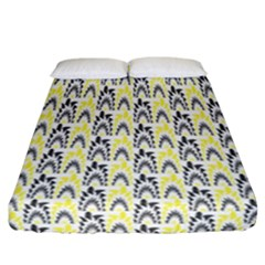 Tricolored Geometric Pattern Fitted Sheet (california King Size) by linceazul