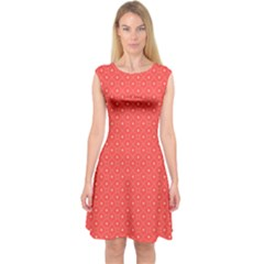 Decorative Retro Hearts Pattern  Capsleeve Midi Dress