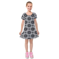 Geometric Black And White Kids  Short Sleeve Velvet Dress by linceazul