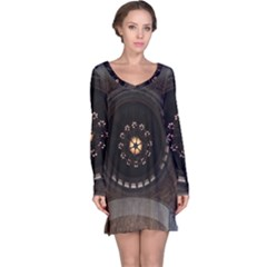 Pattern Design Symmetry Up Ceiling Long Sleeve Nightdress
