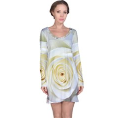 Flower White Rose Lying Long Sleeve Nightdress