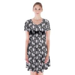 Roses Pattern Short Sleeve V Neck Flare Dress