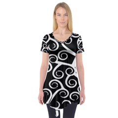 Koru Vector Background Black Short Sleeve Tunic  by Mariart