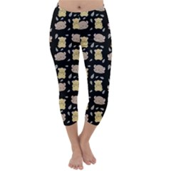 Cute Hamster Pattern Black Background Capri Winter Leggings